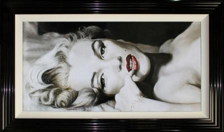 Marilyn Reclined
